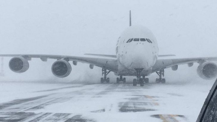 Small New York airport used for Singapore Airlines A380 due to winter storm